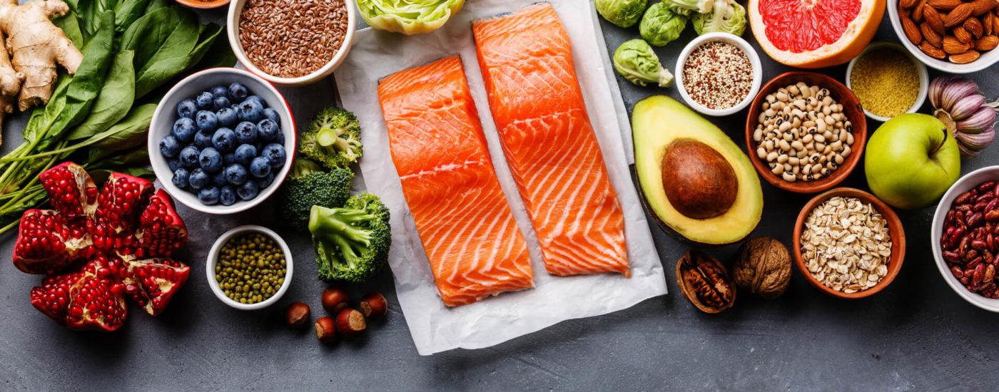Eine große Auswahl von gesundem Essen - Essfit